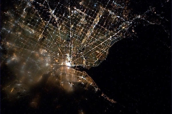 cmdr_hadfield_detroit